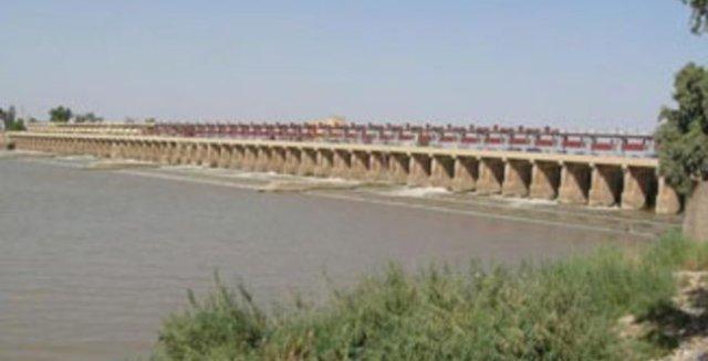 مشاريع الري ومنشآت السيطرة والتوزيع في العراق