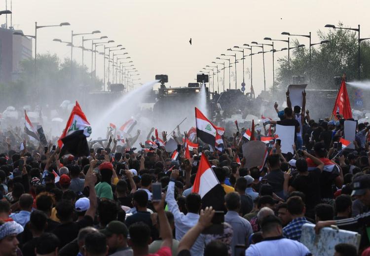 الانتفاضة و الحكومة والقضاء